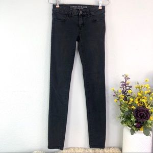 AEO black skinny jegging jeans low rise stretch